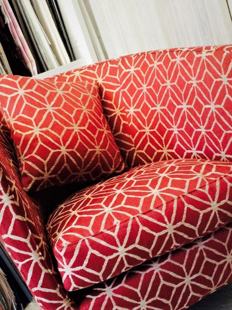 Divani Su Misura Milano rifacimento di divani, poltrone, panche, cuscini, interni su
